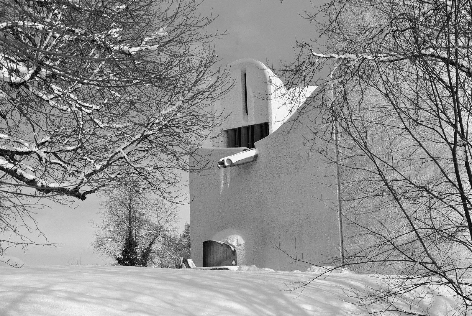 Neige chez Le Corbusier - Ronchamp