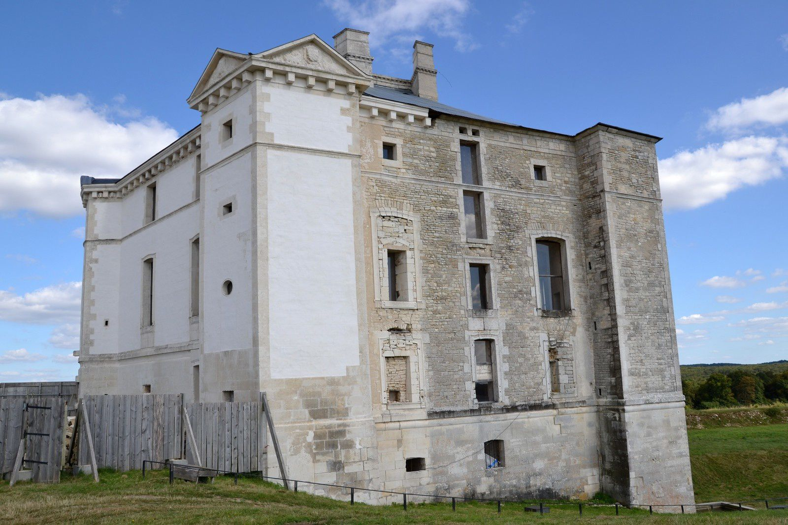 Le château de Maulnes - Yonne