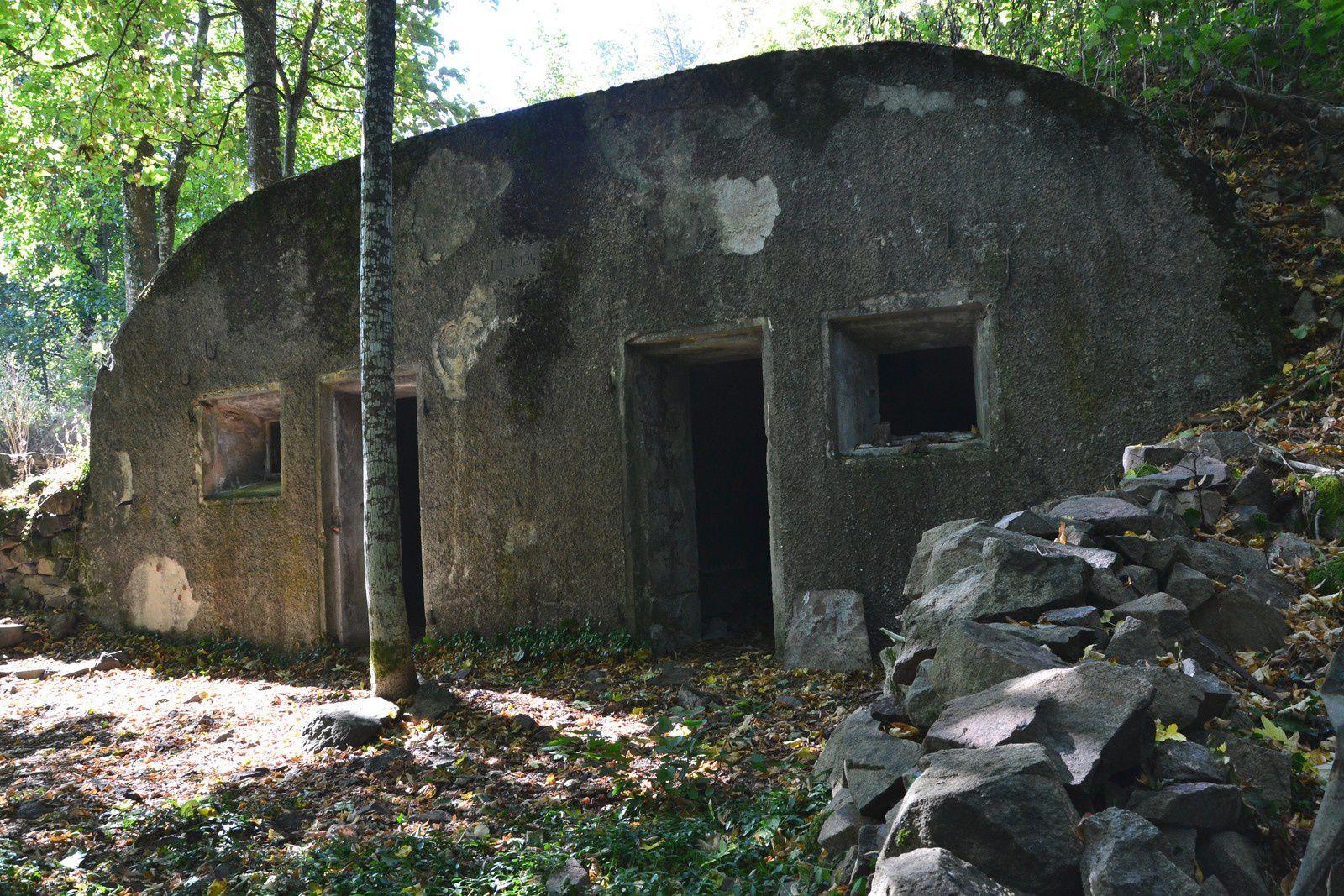 La casemate en béton qui servit de bureau au LIR 124 (Land Infanterie Regiment).