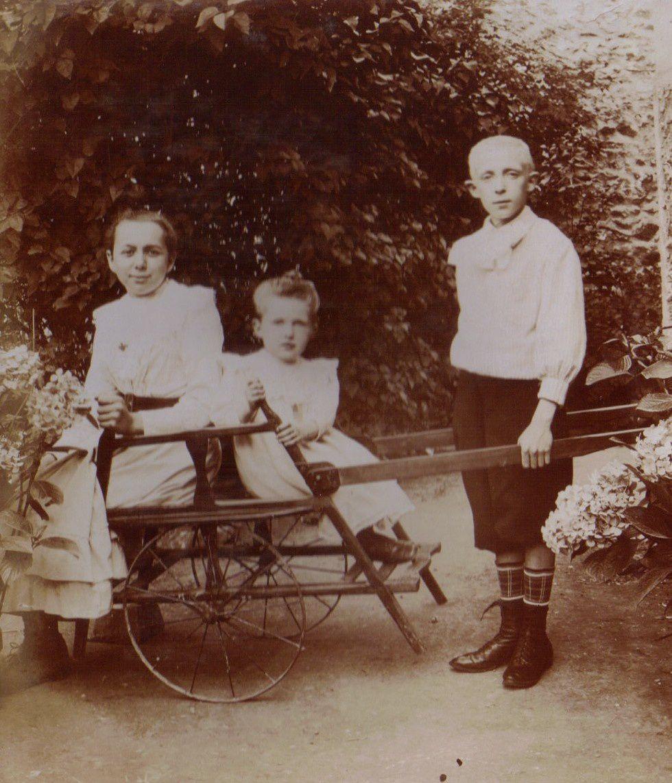 1908 - Marie Lejeune, Albert et Albertine Mozer