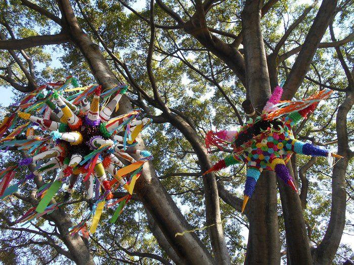 Une belle crèche, en un lieu public,  sur le Zócalo de Cuernavaca