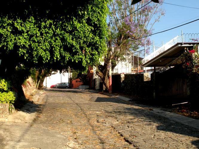 PLUSIEURS RUES AUXQUELLES ON ACCEDE PAR LA SUBIDA A CHALMA A CUERNAVACA