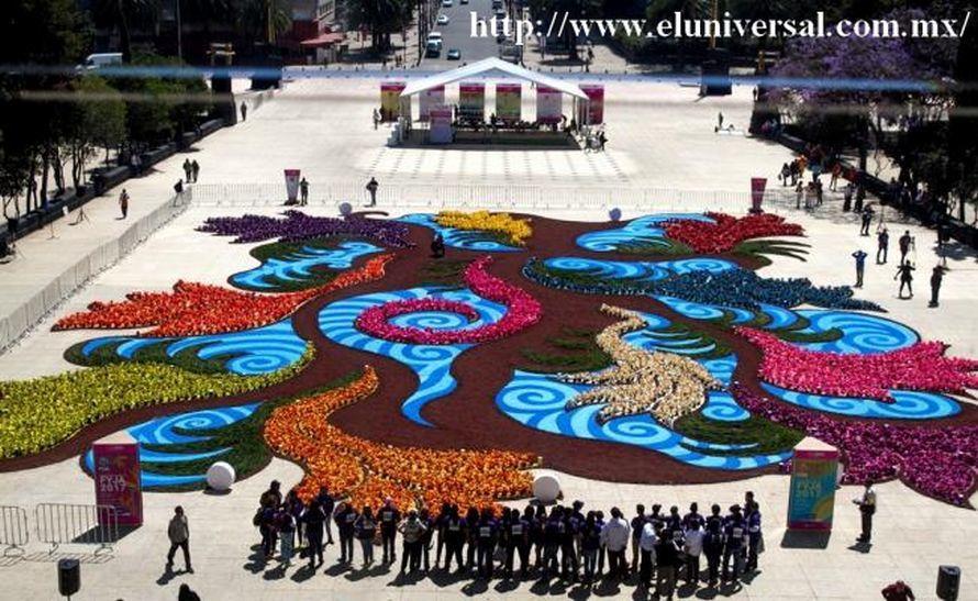 Un tapis floral géant à México pour le festival des Fleurs et Jardins