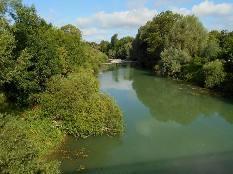 La belle rivière Aisne au sud du Chemin des Dames