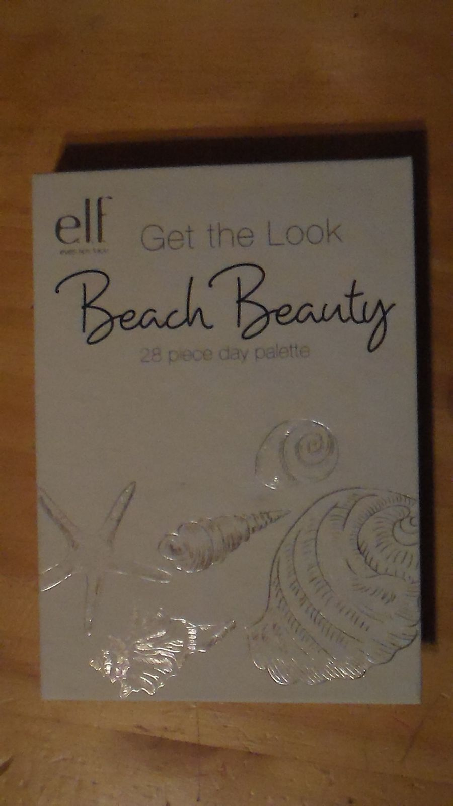 et le beach beauty book