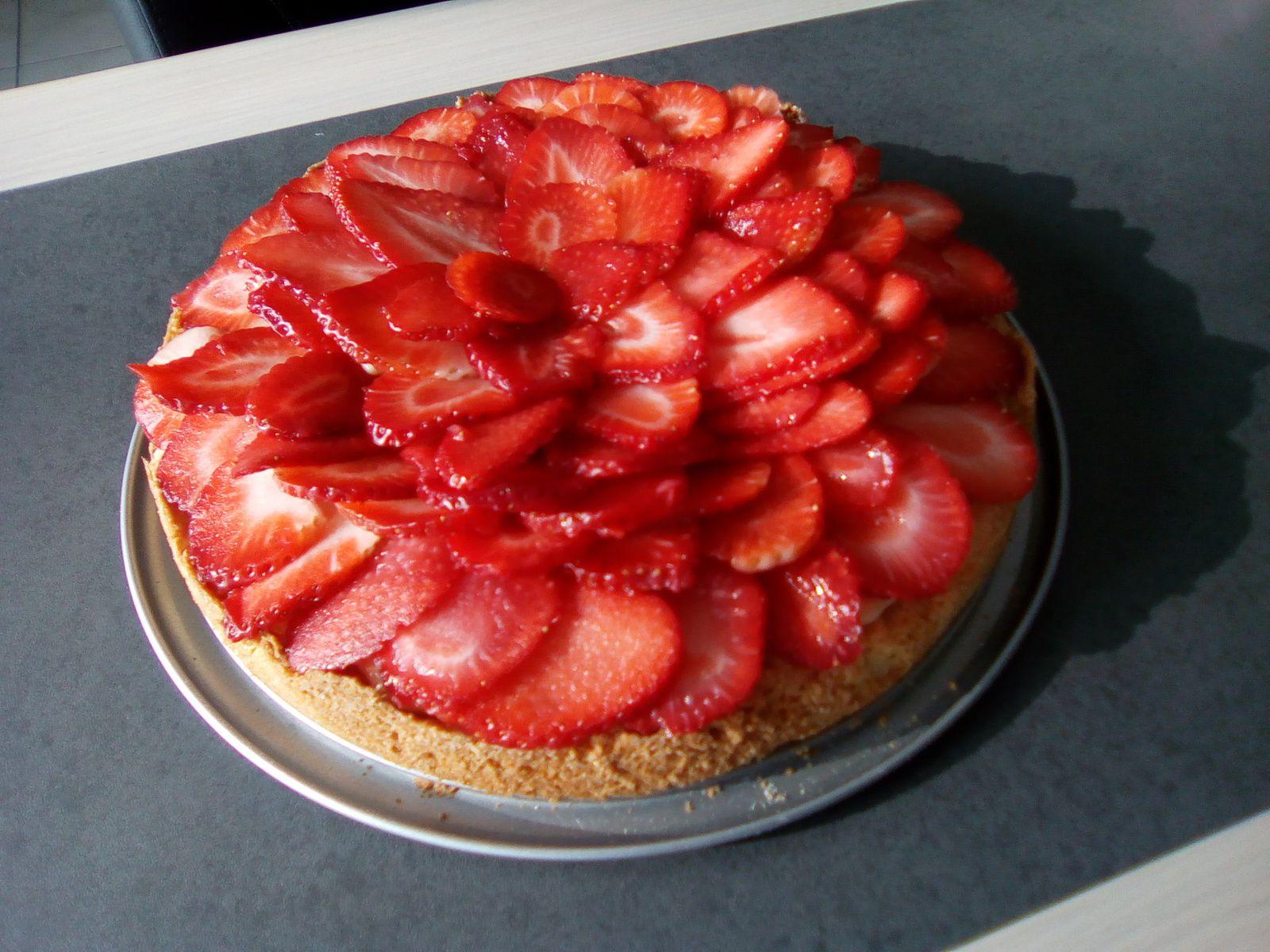 Tarte aux fraises (sablé, crème patissière)