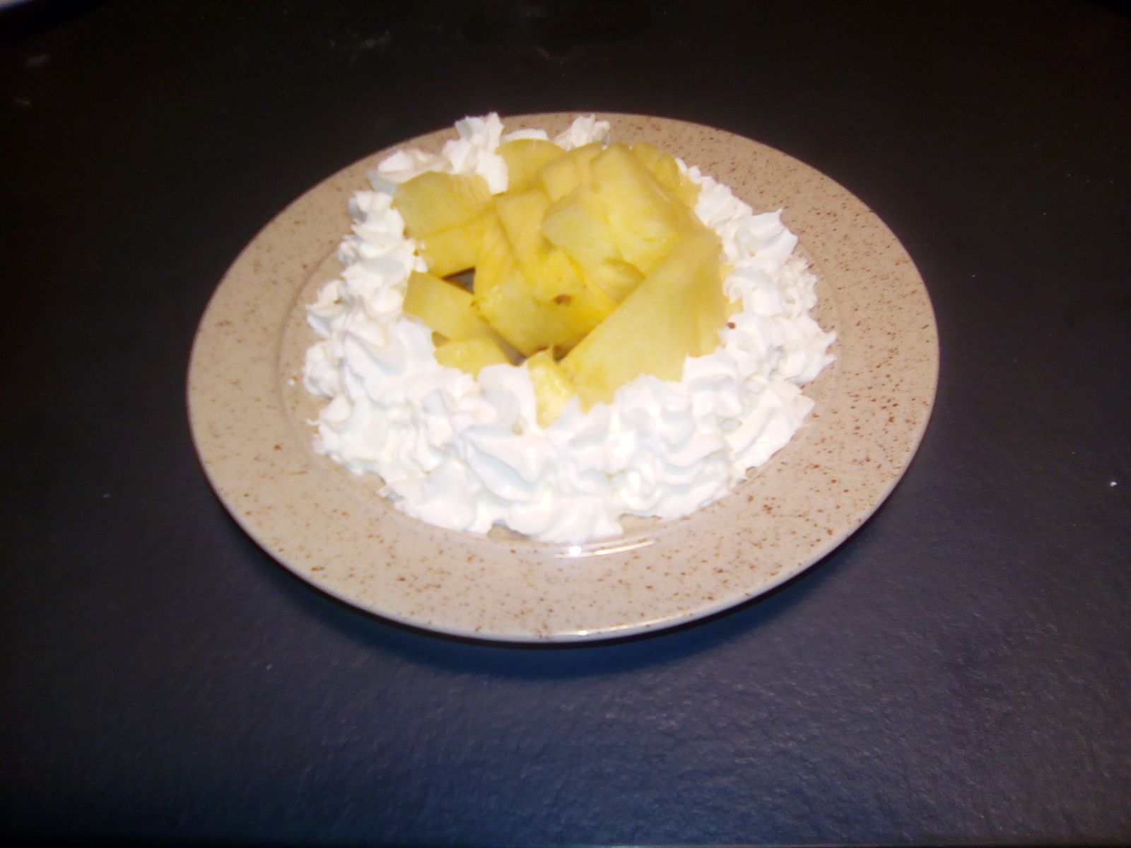 Ananas chantilly