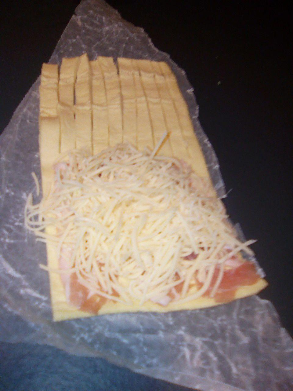 Feuilletés au jambon et au fromage (au companion ou pas)