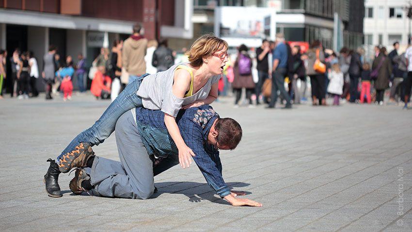 Contact improvisation - Fou de danse 2015 © Barbara Mai