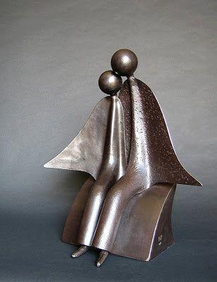 Sculpture de Jean-Pierre Augier, réalisée à partir d'outils détournés