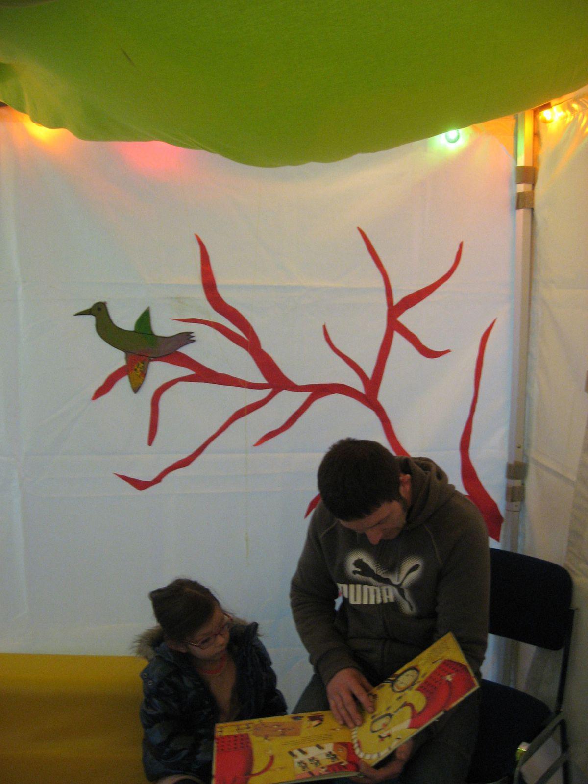 Les tentes de lectures ont été habillées par Françoise et Monette.