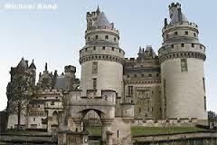 samedi 8 octobre : visite du centre historique de Compiègne, marche nordique et château de Pierrefonds
