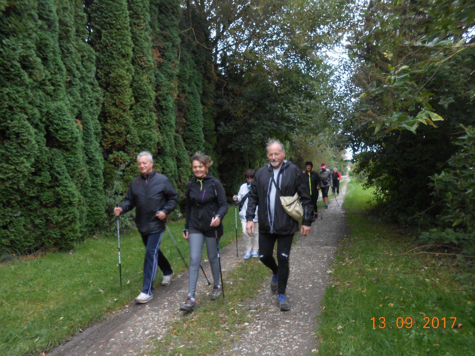 Marche nordique du mercredi 13/09 à Pont de Metz