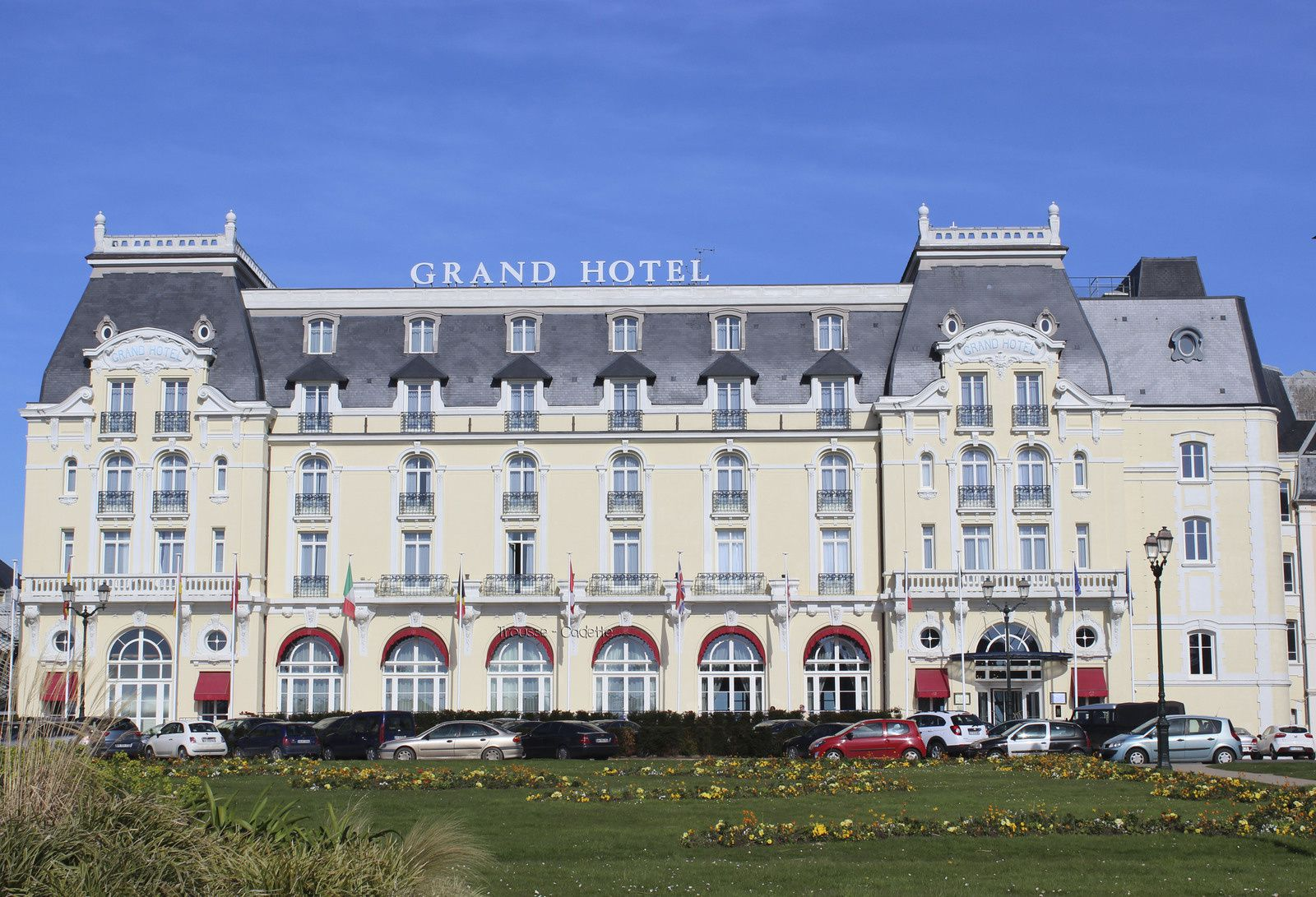 cabourg grand hotel trousse cadette photos