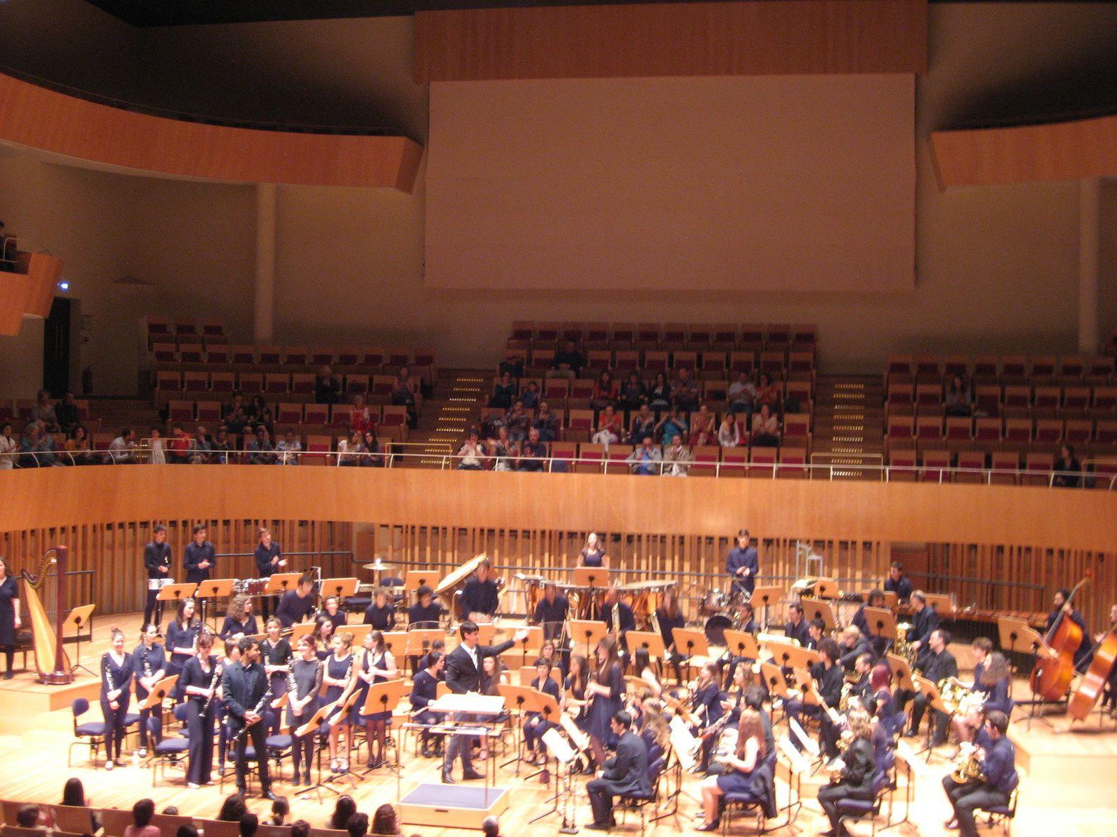 L'Auditorium de Bordeaux sans et avec orchestre