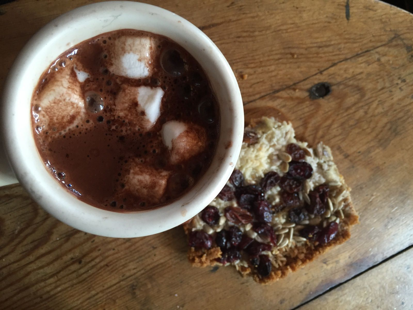 Hot chocolate with marshmallows in lake Agnès tea house
