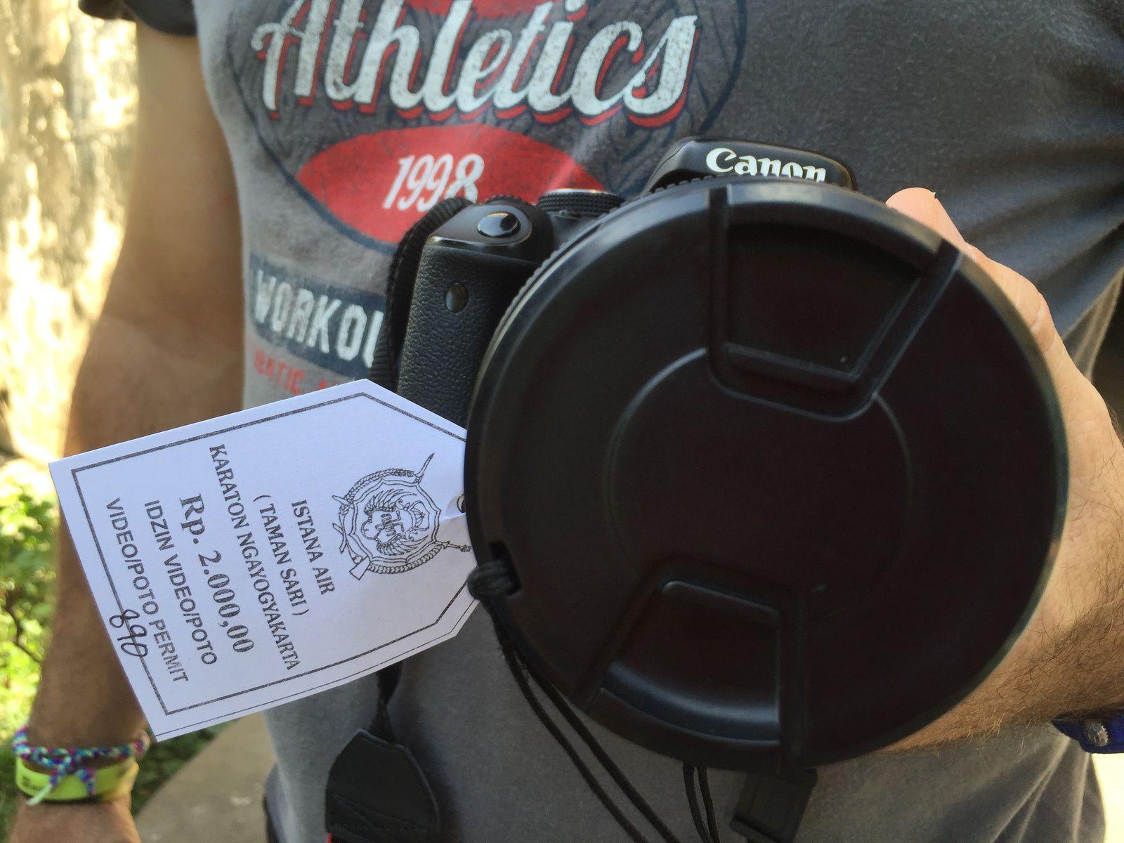 Même notre appareil photos a droit à un billet d'entrée !