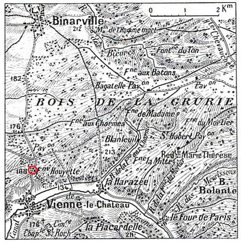 Carte du secteur, le monument et le cimetière sont dans le petit cercle rouge :