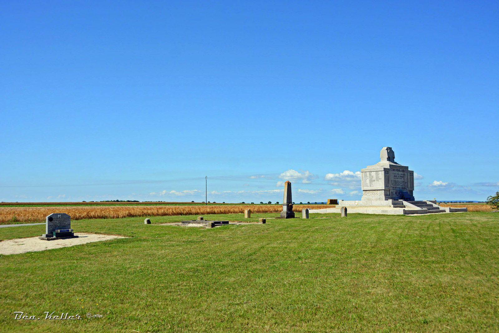 Aubérive : Monument au 103e R.I.  (Monument Polignac)