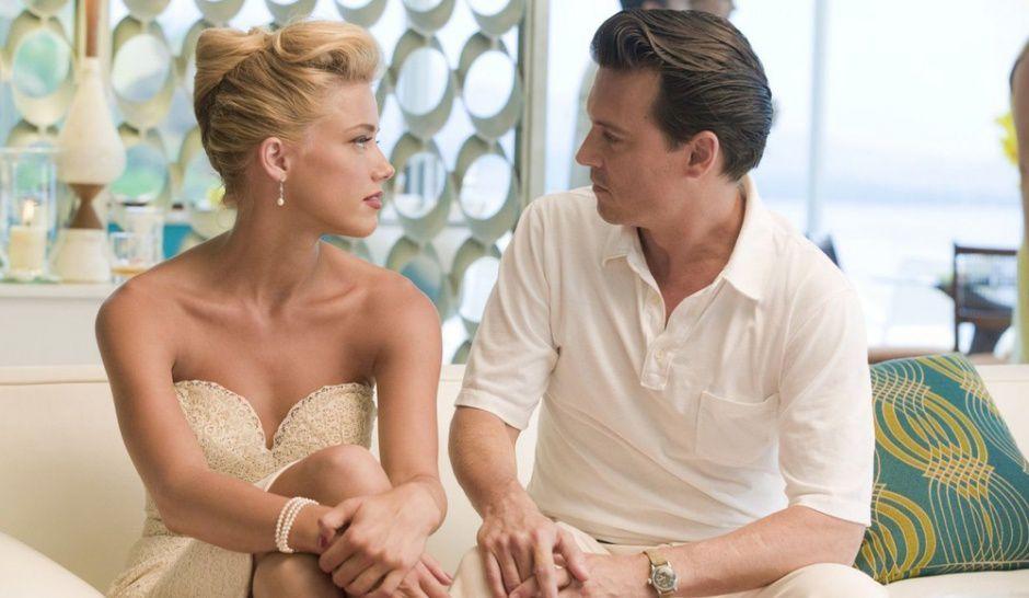 "© DR Amber Heard et Johnny Depp dans ""Rhum Express""."
