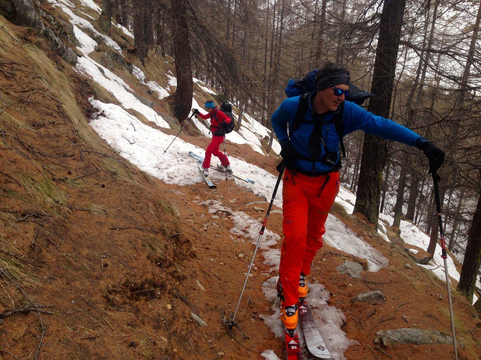 http://www.geromegualaguidechamonix.com  Ski de randonnée au Grand paradis dans la vallée du Valsavarenche.