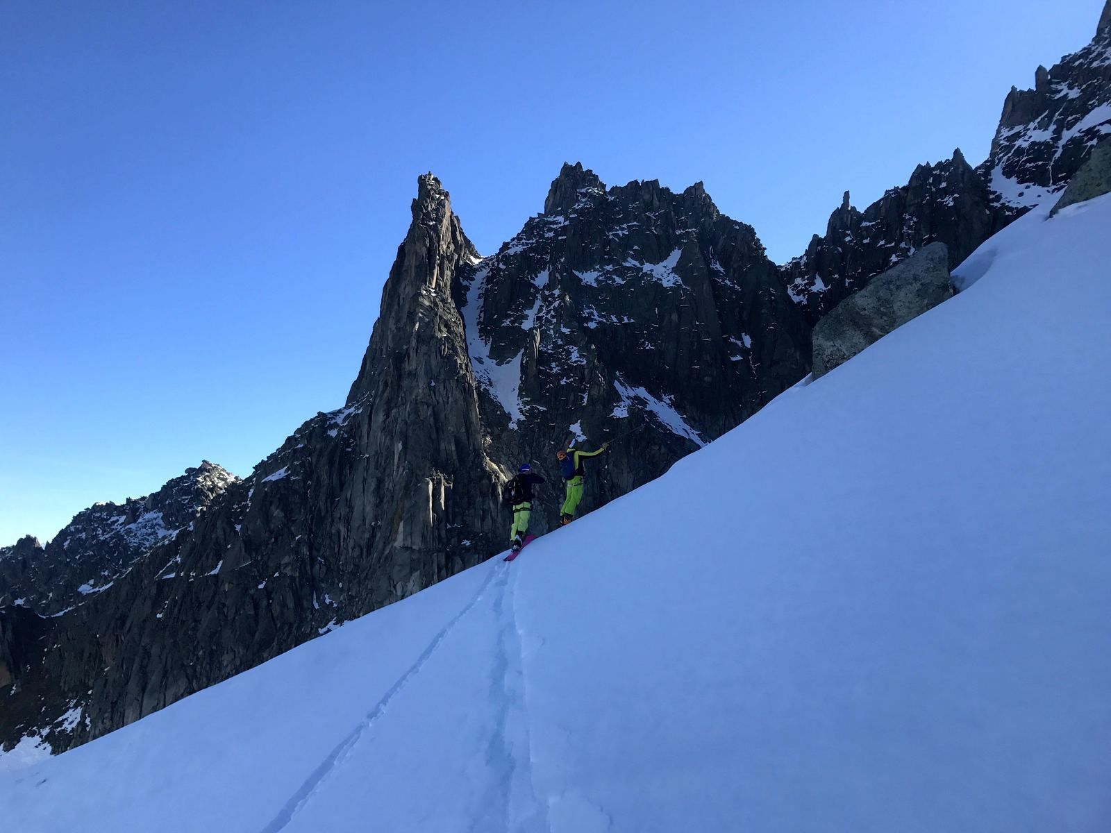 ski, couloir Spencer https://www.geromegualaguidechamonix.com