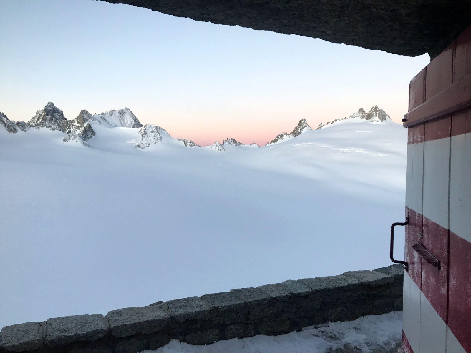 Voyages et Raids à skis https://www.geromegualaguidechamonix.com