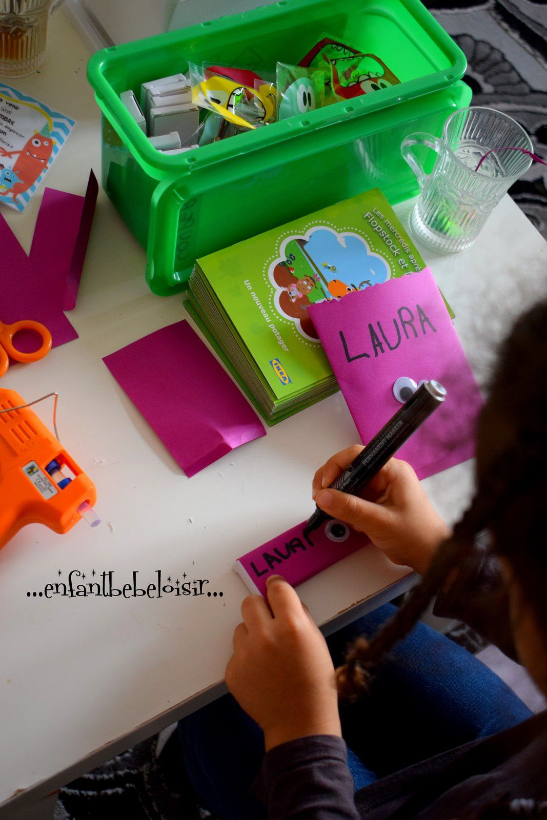 Cartes d'invitation Monster party Inaya 5ans !