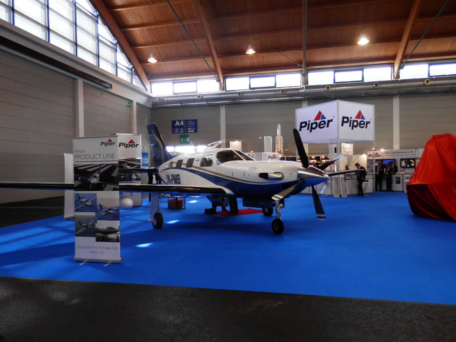 Salon a ronautique a ro friedrischafen aero for Salon aeronautique