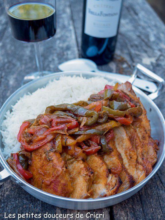 Porc épicé à l'africaine accompagné de vin de Madiran