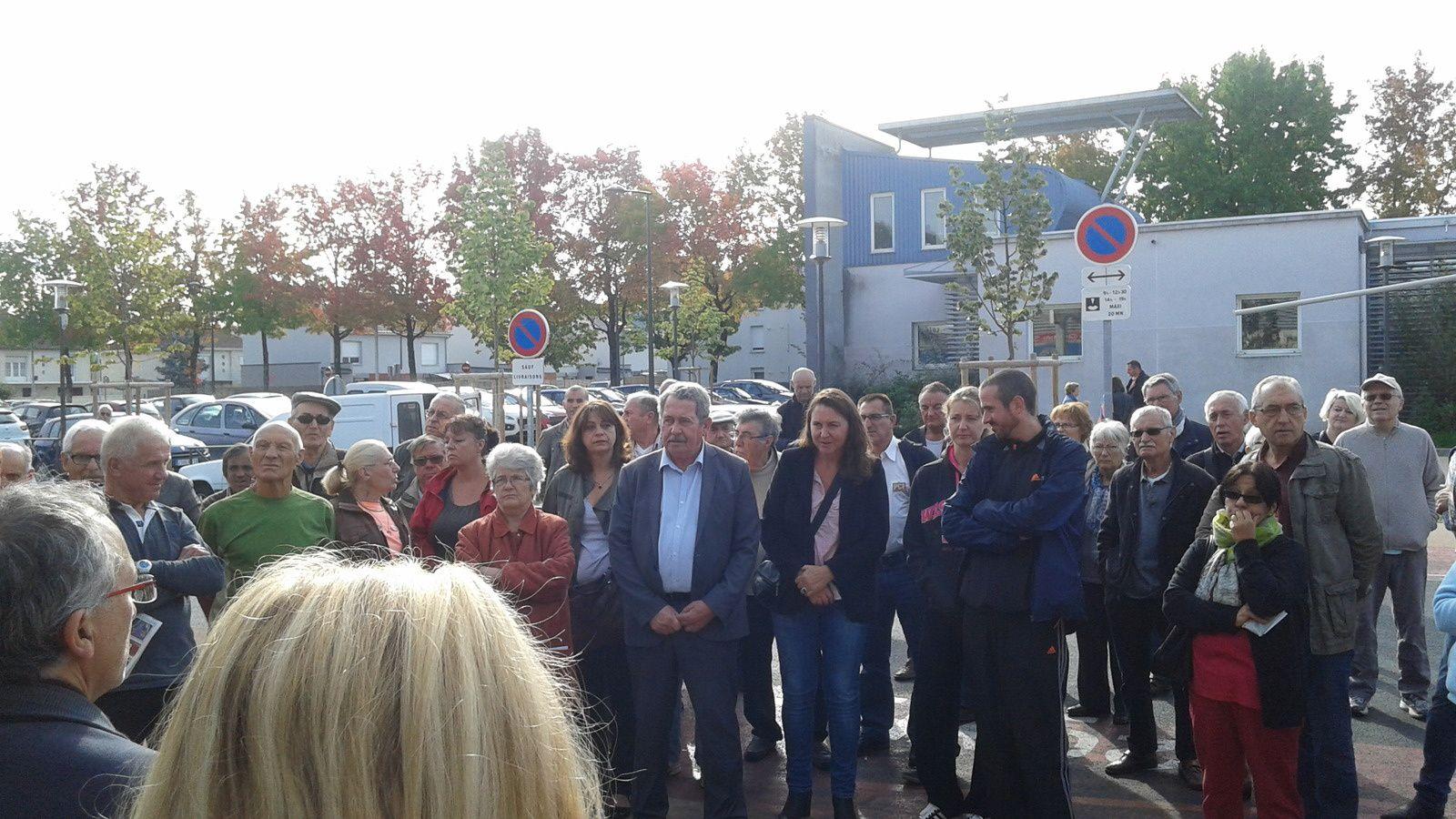 Participation au rassemblement pour la défense du bureau de poste de Brive Tujac le 26 septembre