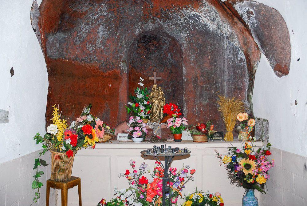 La Vierge à l'Enfant de la Chapelle Notre Dame de la Roche