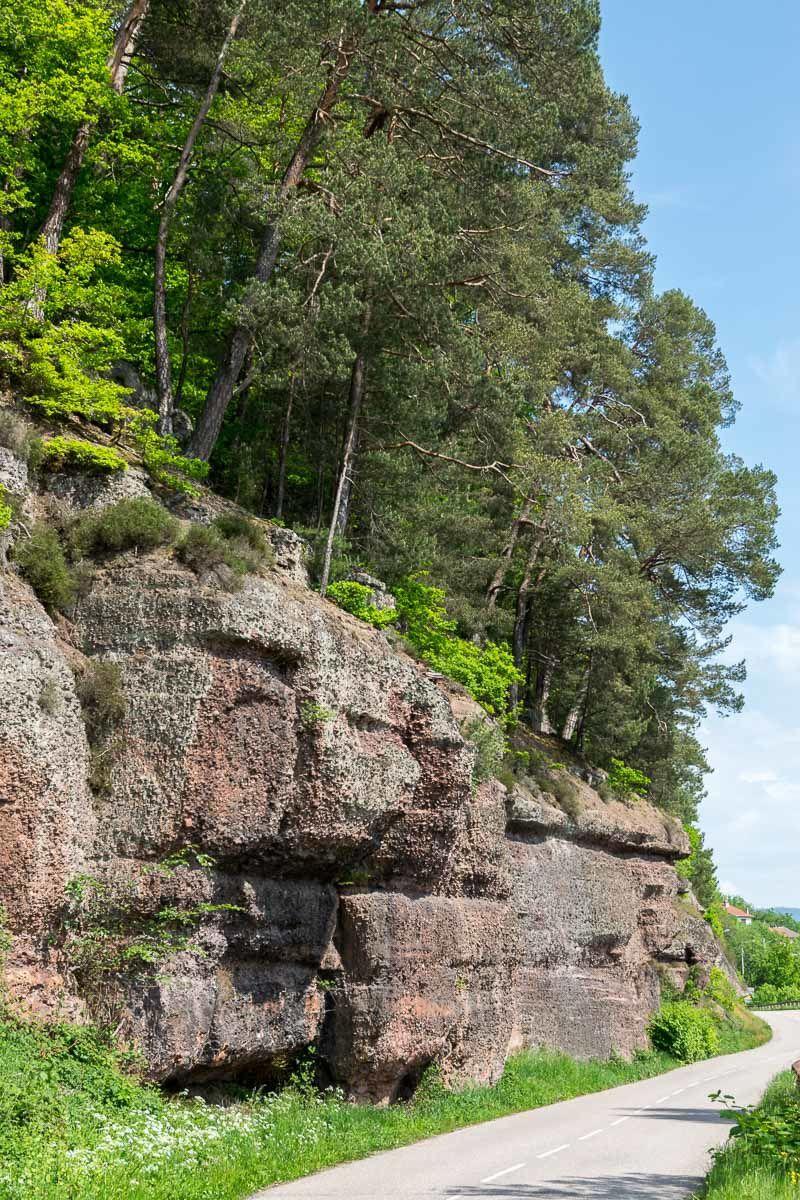 Environs de BRUYÈRES-VOSGES : les rochers d'ARCHETTES