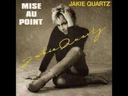 Ah les années 80... ces looks improbables, ces coiffures surréalistes, ces chansons sans queue ni tête...
