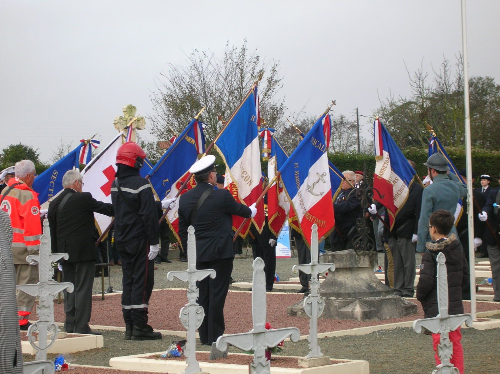 Une délégation de La Préparation Militaire Marine aux cérémonies du 11 novembre 2015 à Luçon.