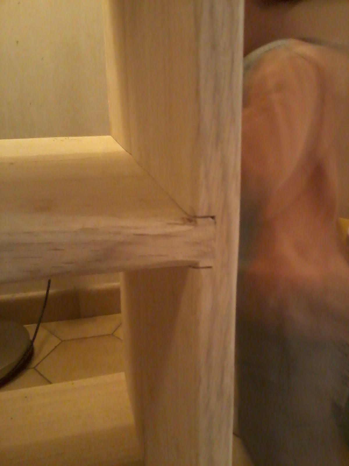 Encastrement ajusté à la forme de la planche