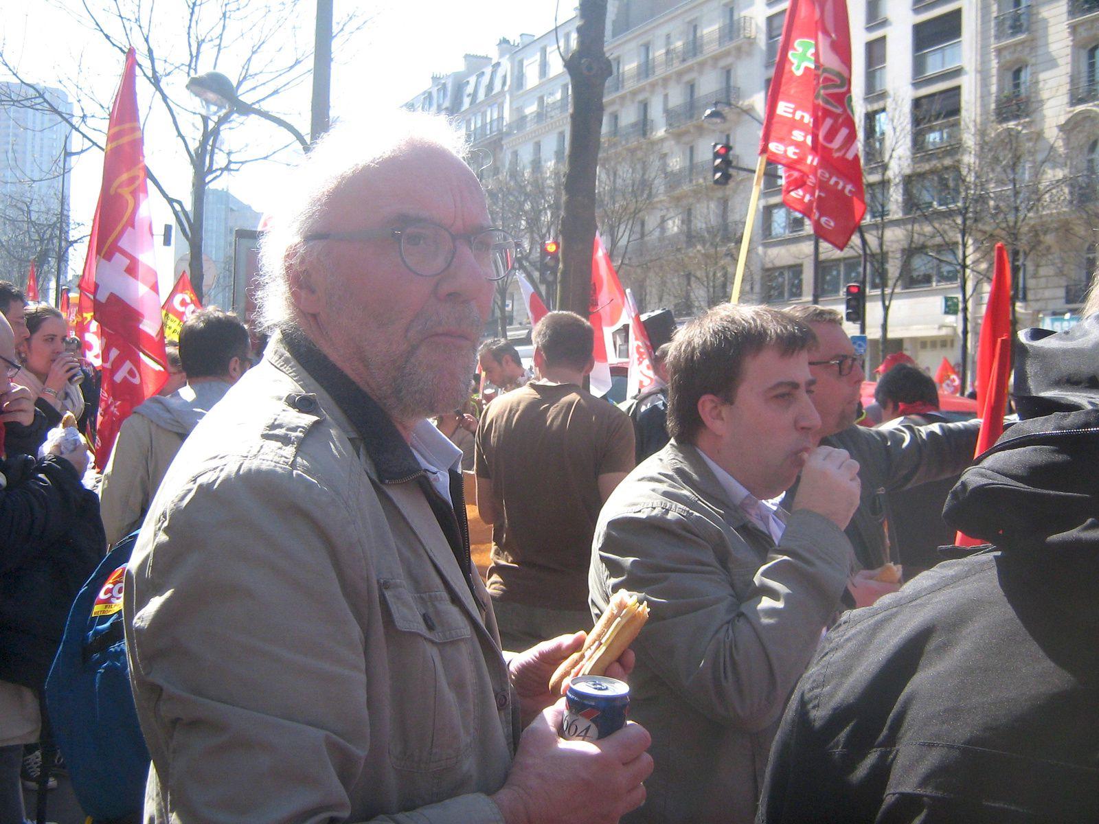 Une vague rouge a débarqué sur Paris
