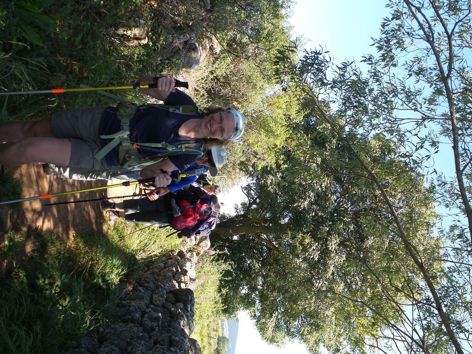 Jour 1, départ avec mes parents, les  aurevoirs et marche jusqu'à Saint - Privat d'Allier - 24 km