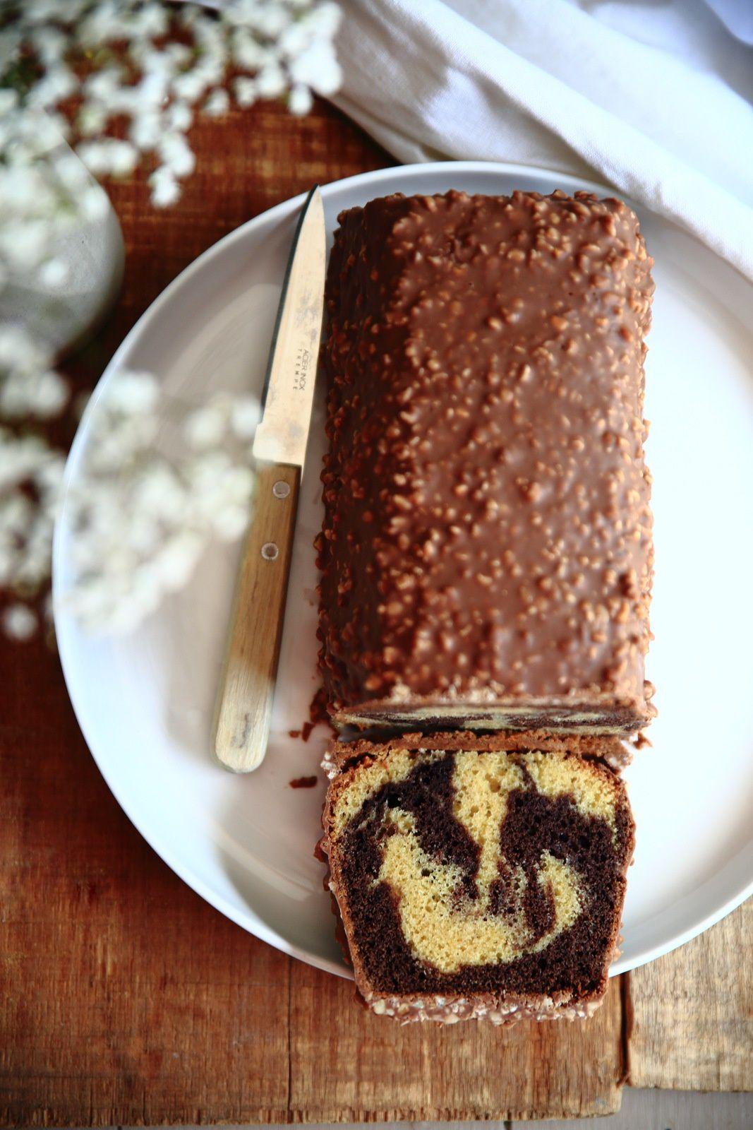 cake marbr chocolat vanille palet feuillantine et gla age rocher de cyril lignac. Black Bedroom Furniture Sets. Home Design Ideas