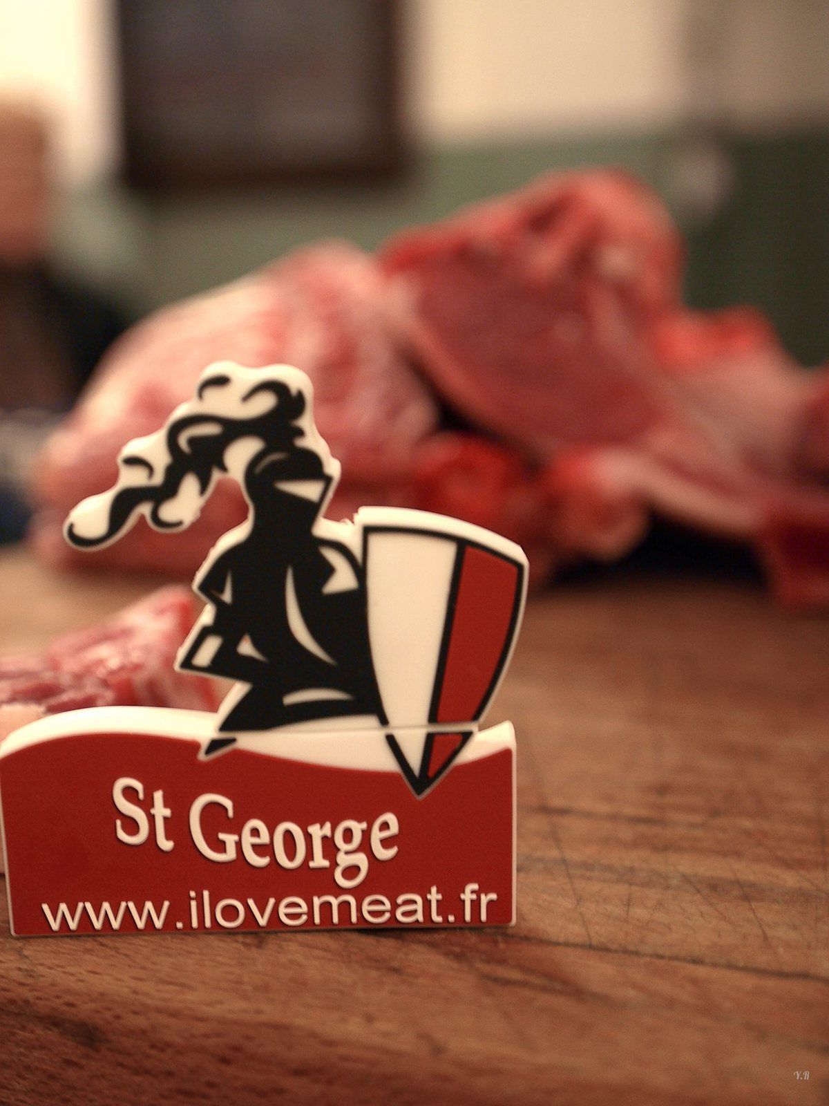 L'agneau St George passe à table !