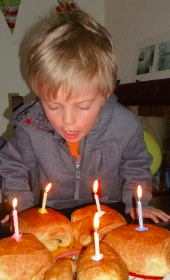 Happy Birthday Petit Loulou ...