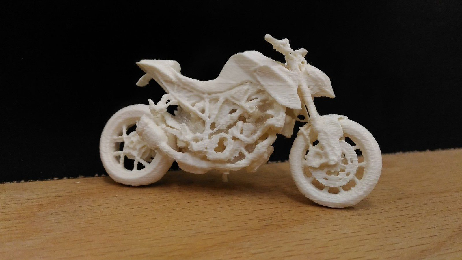 Scan et impression 3D d'une KTM super duke