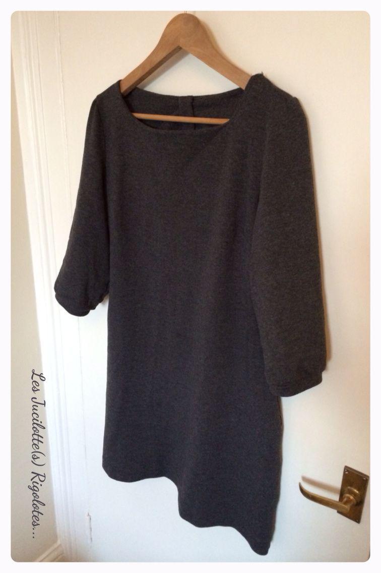 """Patron """"la petite robe"""" de Vanessa Pouzet, jersey gris de Petits prix à Roanne"""