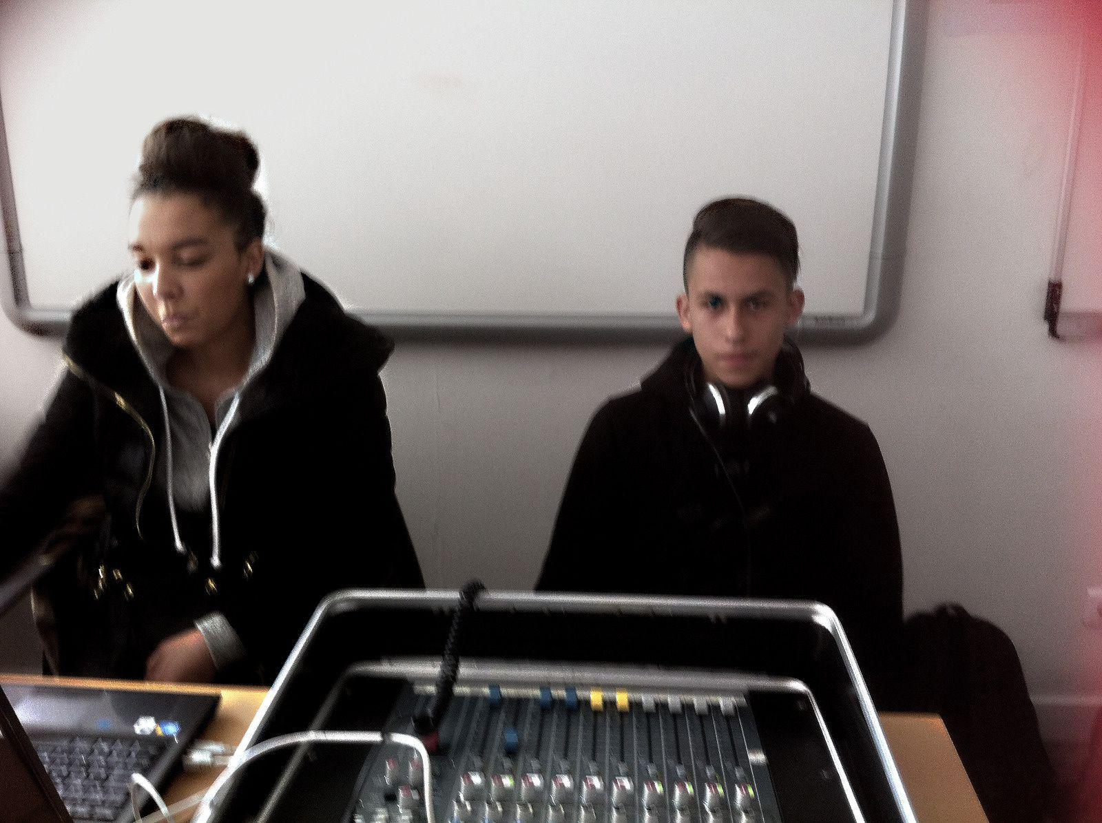 Classe radio : Une émission sur la Téléréalité à écouter !