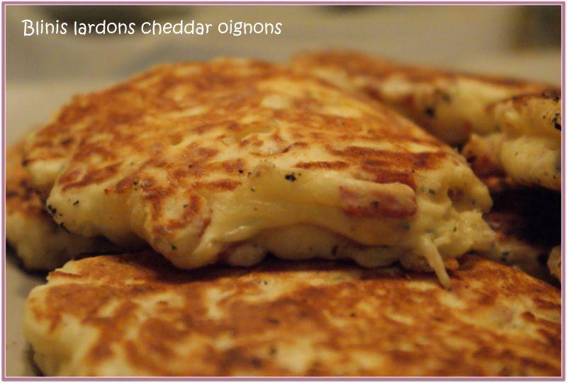 Blinis lardons cheddar oignons - Tour en cuisine
