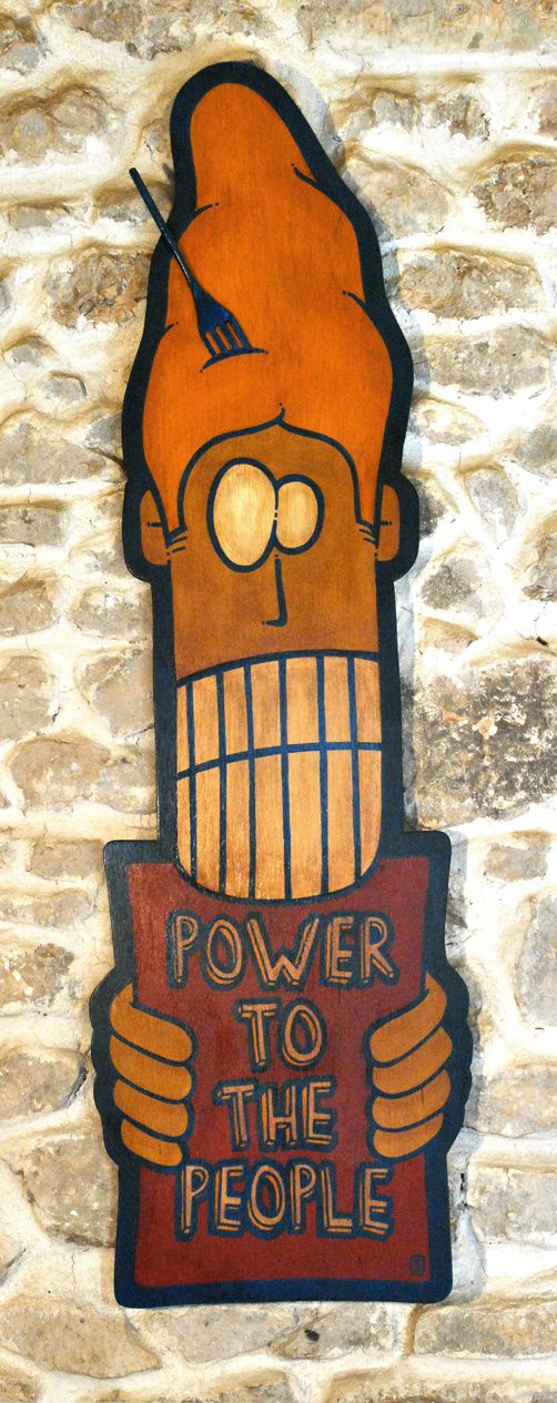 """Power to the people"" par Löx - Peinture bois"