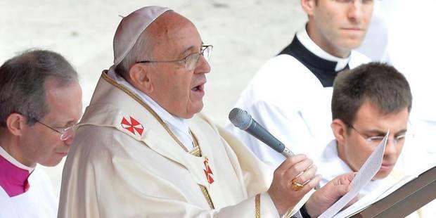 Le pape François salue Jean Paul II et Jean XXIII, &quot&#x3B;deux hommes courageux&quot&#x3B;