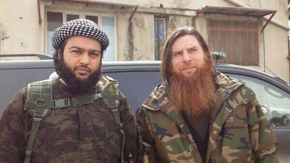 Le cheikh saoudien Abdallah al Mouhaysni et l'émir Al Muslim le tchétchène, 2 des commandants de la bataille de Jisr al Choughour