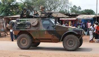Des militaires français en patrouille à Bangui, le 10 décembre 2013 en Centrafrique. © AFP