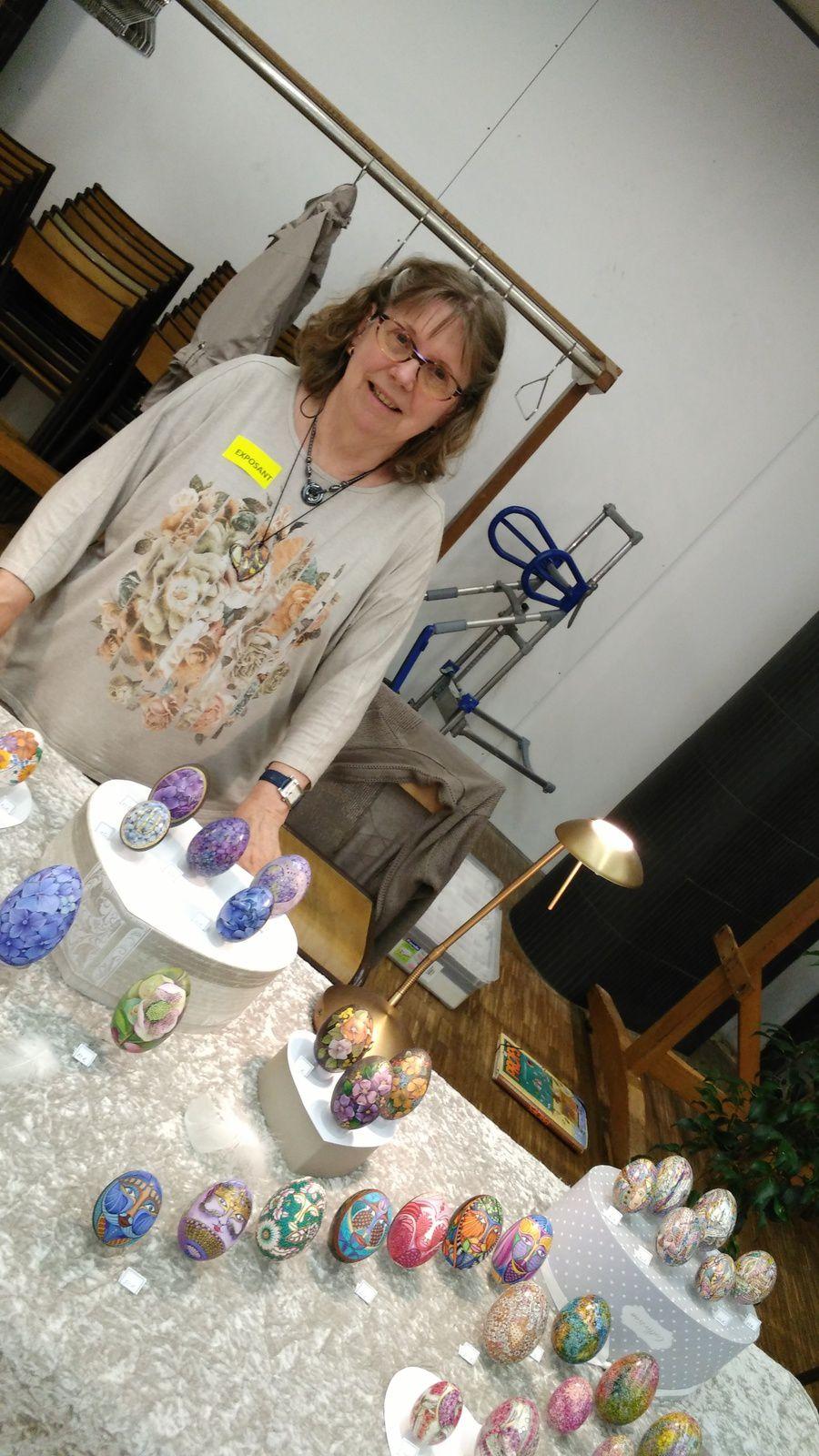 Salon de l'oeuf décoré et du bois sculpté à Pontivy : photos